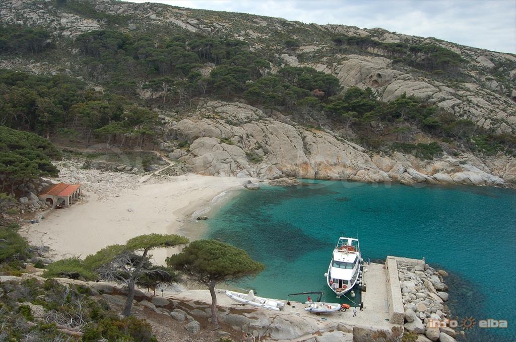 Visitare L Isola Di Montecristo