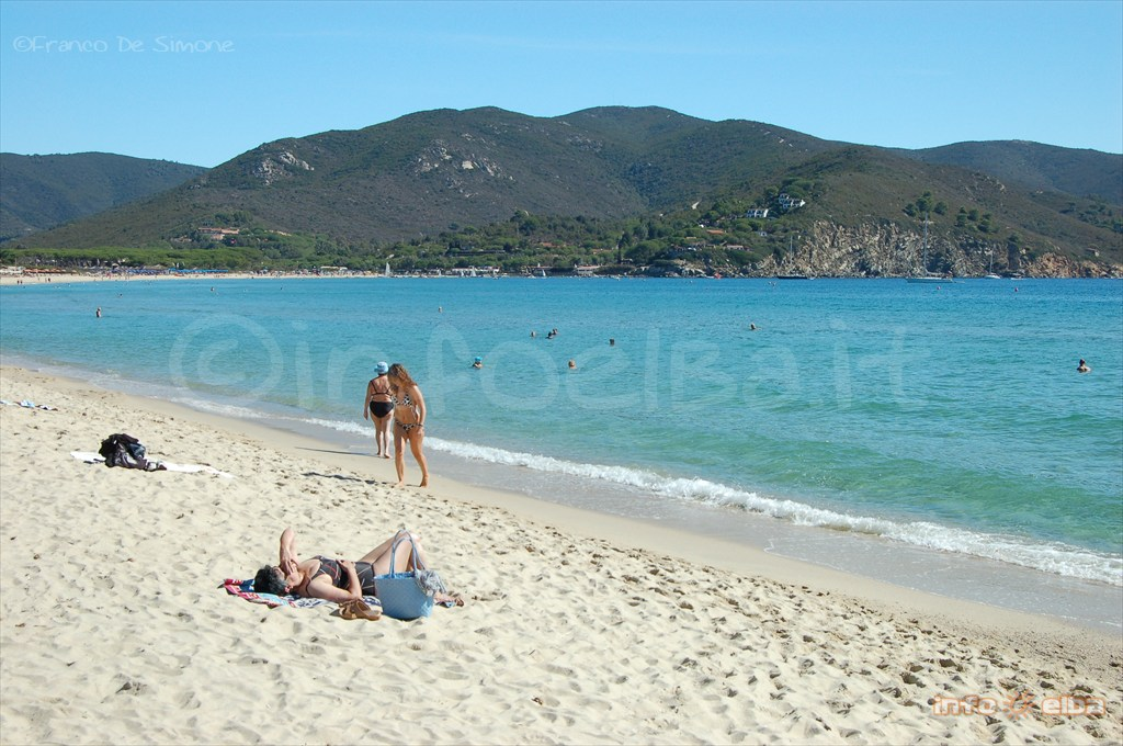 Spiaggia Di Marina Di Campo All Isola D Elba A Campo Nell
