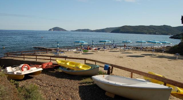 Spiaggia di redinoce all 39 isola d 39 elba a marciana for Cabine dell isola di buggs