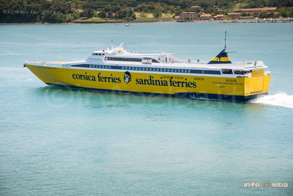 Corsica sardinia ferries traghetti isola d 39 elba for Nave sardegna