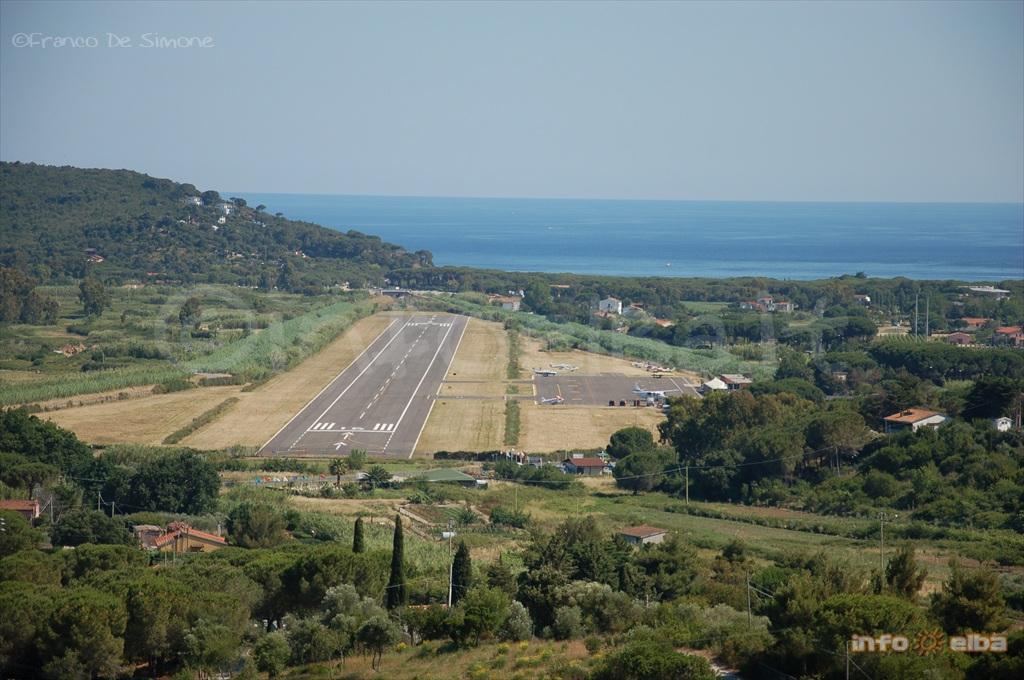 L Aeroporto Dell Isola D Elba