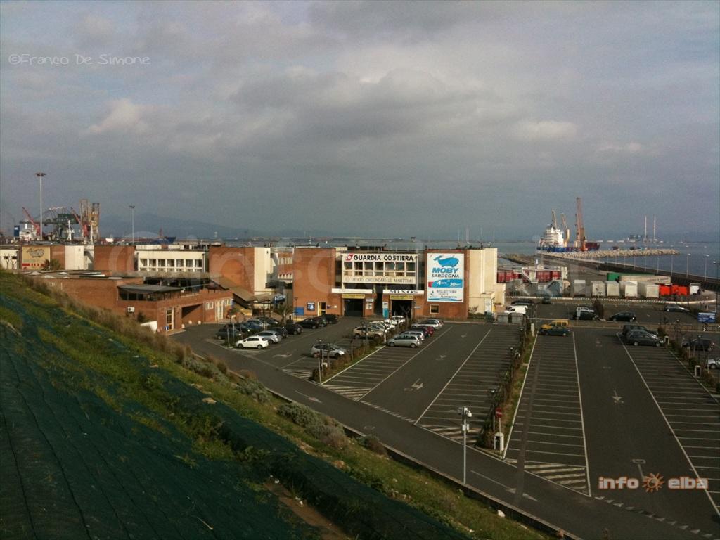 Garage E Parcheggi Al Porto Di Piombino